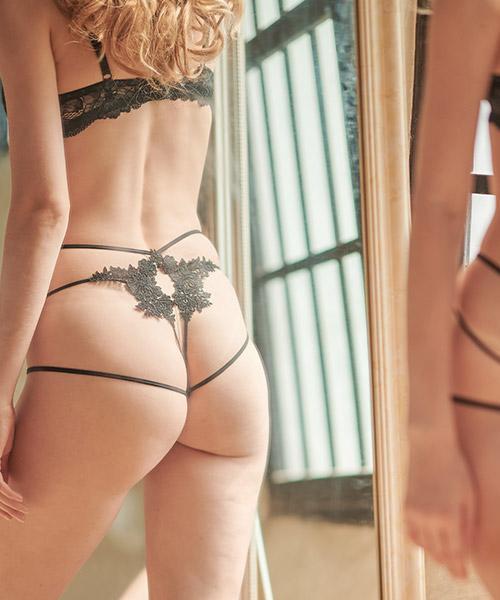 Henna ストリングデザインショーツ